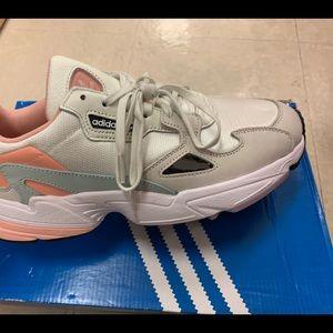 Adidas Falcon Size 10 Women